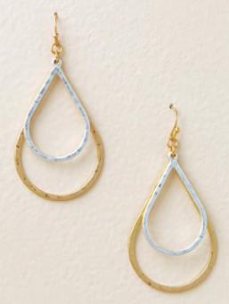 Teardrop Earrings ($12) - https://www.francescas.com/product/daphne-metal-teardrop-earrings.do?sortby=priceAscend&refType=&from=fn&ecList=7&ecCategory=100254